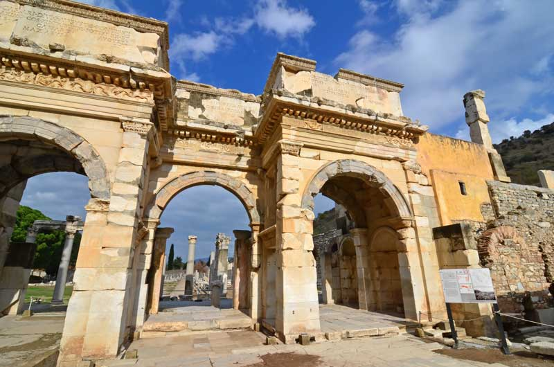 The Mithridates and Mazeus-Gate-a-gift to the emperor Augustus