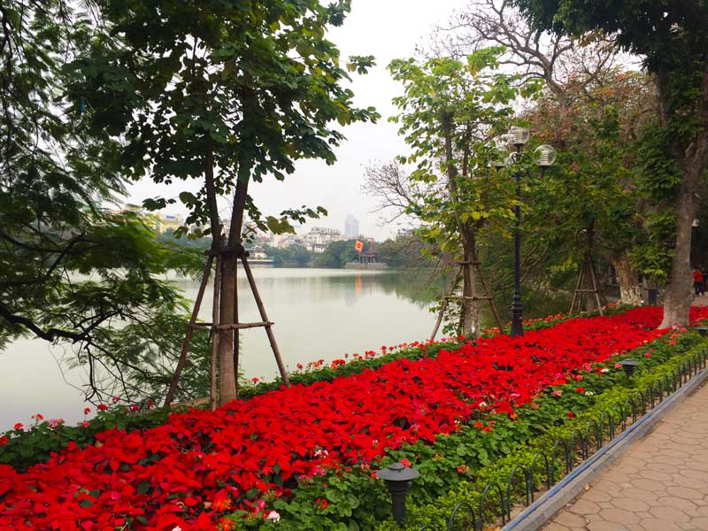Hanoi Lake Hoan Kiem