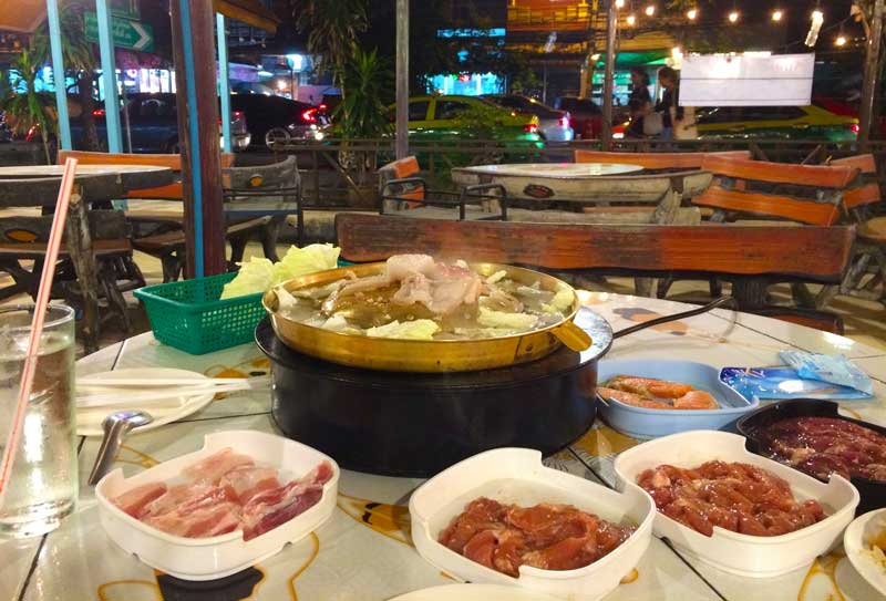 cheap eating buffet in bangkok