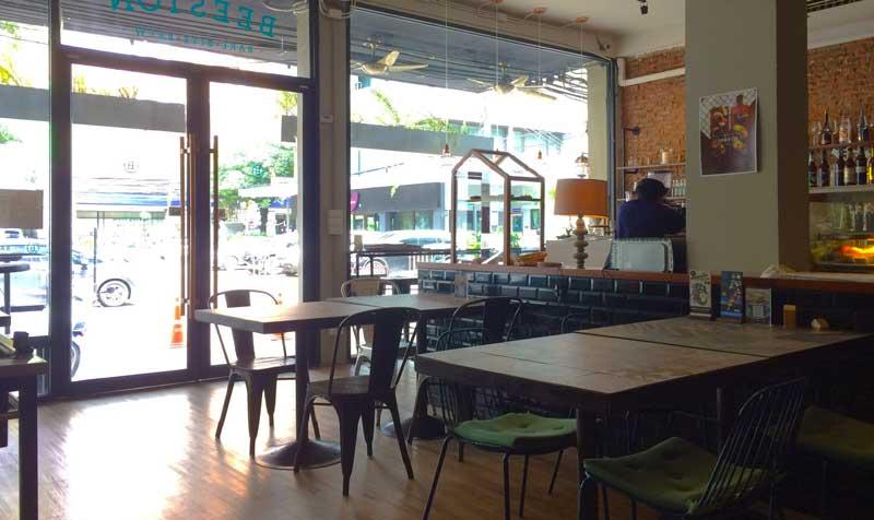 Beeston cafe coffee shop in Bangkok