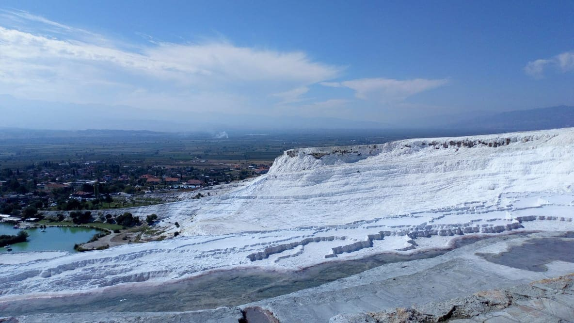 pamukkale white salt lakes
