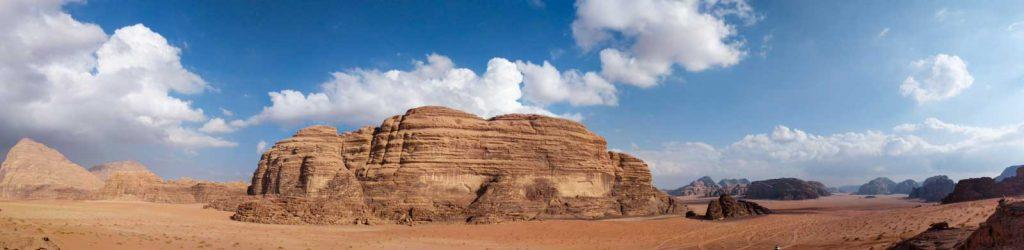 Panorama photo of Wadi Rum