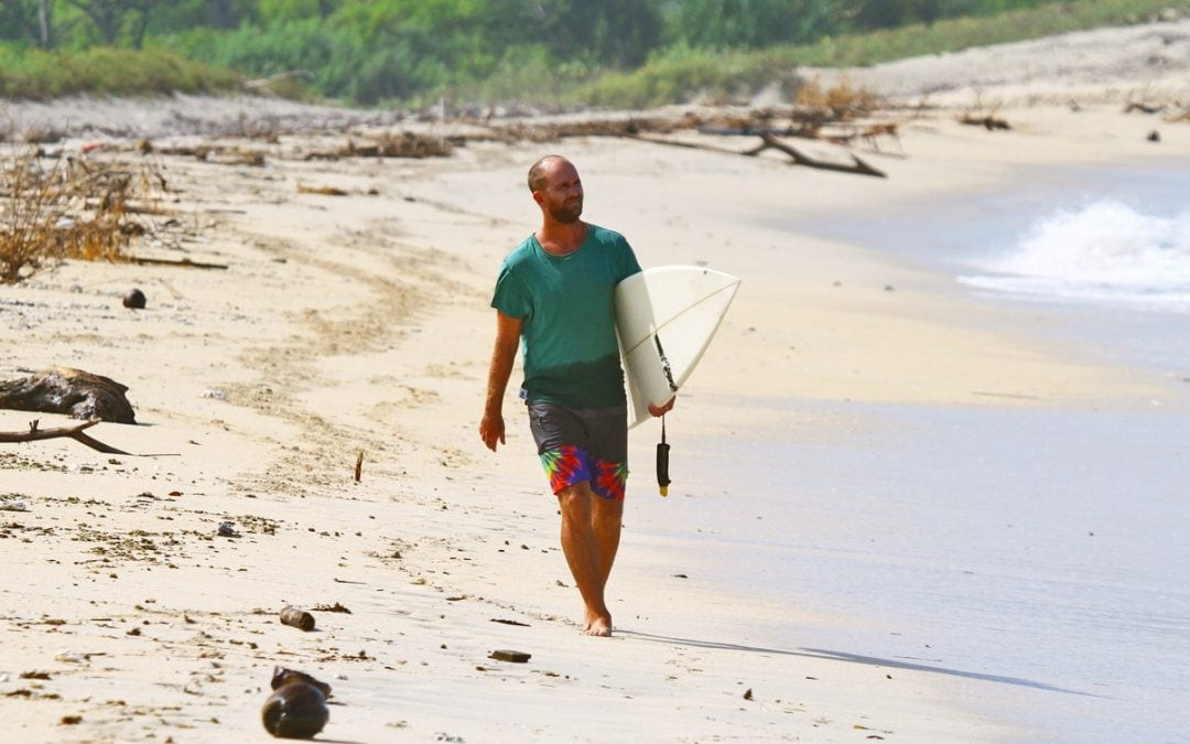 Interview: How Digital Nomad Chapin Kreuter Teaches Surfing Online