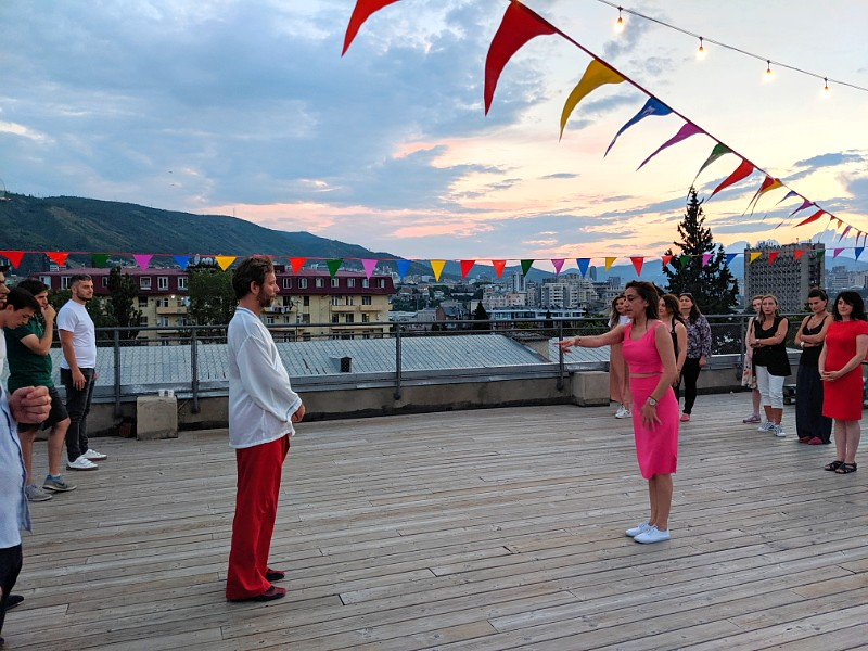 Fabrika hoste rooftop tango class