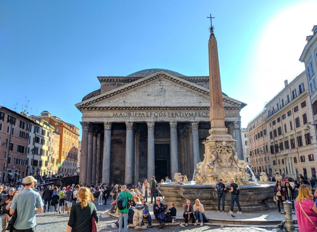 Piazza della Rotonda.