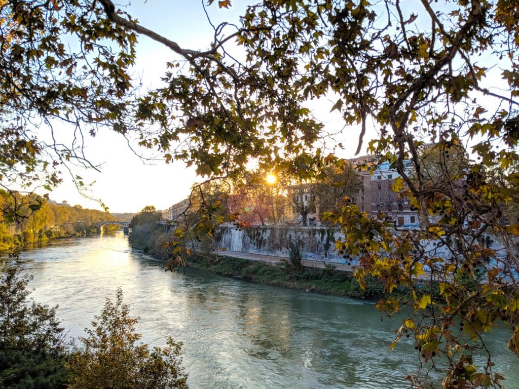 Tiber river from near Ponte Palatino