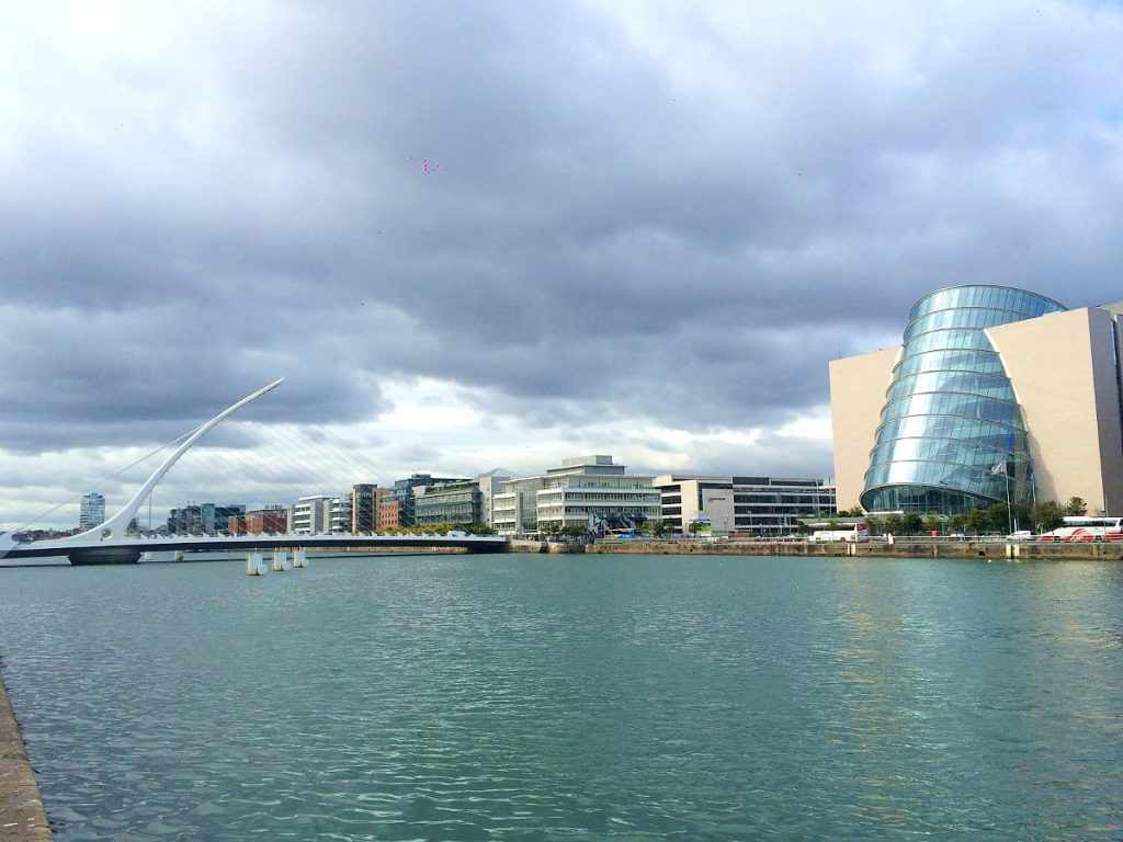 Dublin on a budget guide - Dublin city and river Liffey