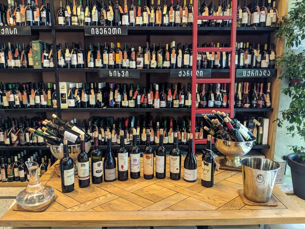 tasting at 8000 vintages