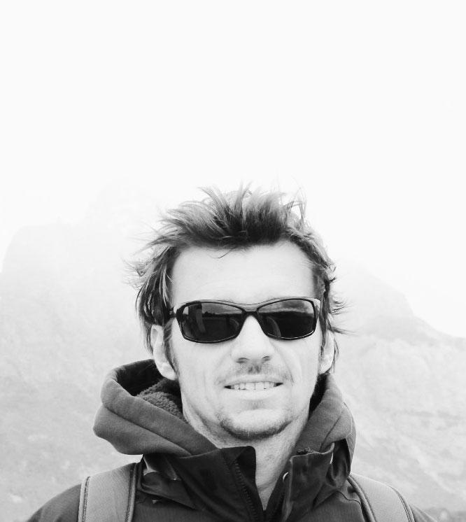 Keith J Lang Writer & Travel Blogger