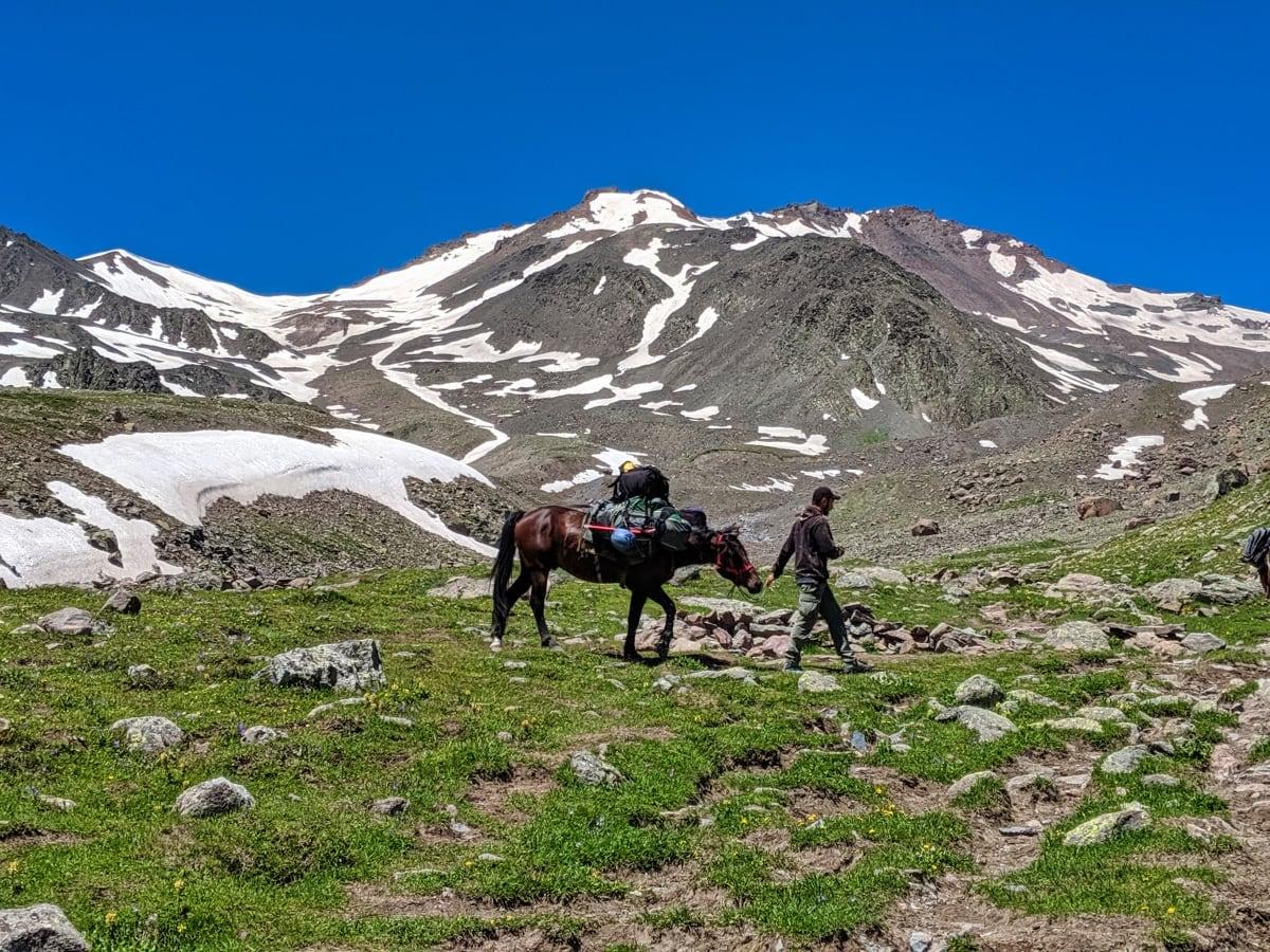 Kazbegi Mountain Guides